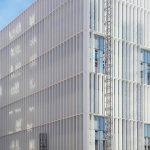 Biocruces_montaje-fachada-muro-cortina_Riventi